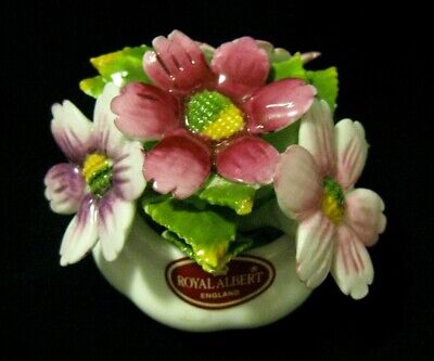 ROYAL ALBERT BOUQUET FIGURINE Flower of the Month COSMOS - October - England