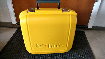 Trimble Part 58391001 Total Station Power Kit 5-Battery Charger Hard Case Only