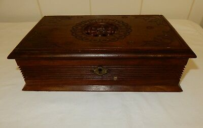 Vintage French Brittany Wooden Trinket Jewellery Box  (G)