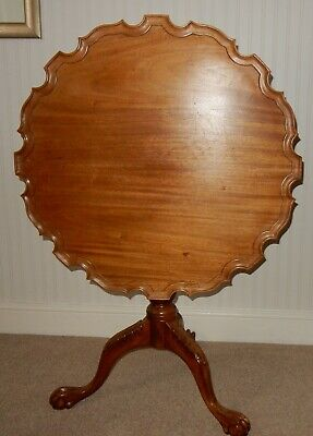 Antique Chippendale Style Tilt Top Pie Crust Table with Bird Cage Tripod Base
