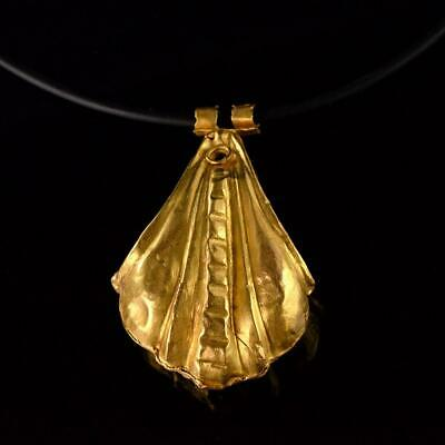 A large Greek Gold Shell Pendant, Hellenistic Period, ca. 3rd - 1st century BCE