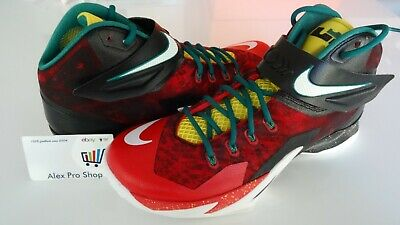 reputable site b7594 e0fa5 New Men s Size 11 Nike Zoom Soldier 8 VIII Lebron Christmas Black Red  688579 016