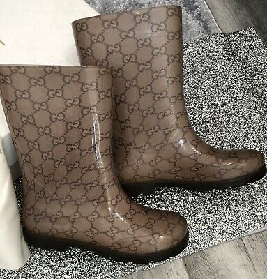 a69e145f5a8 GUCCI TRANSPARENT GG LOGO Rain boots black RUBBER SZ 38 EU.  45.00 0 Bids  3d 7h. See Details. Authentic Gucci Girls Rain Boots Shoes Size 32 Made In  Italy