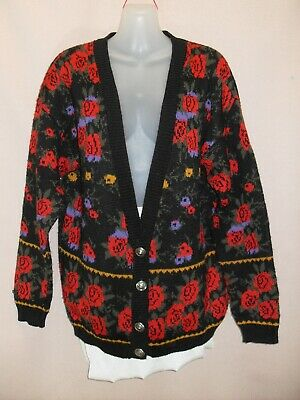 1980's Vintage V-Neck Cardigan in Abstract pattern.