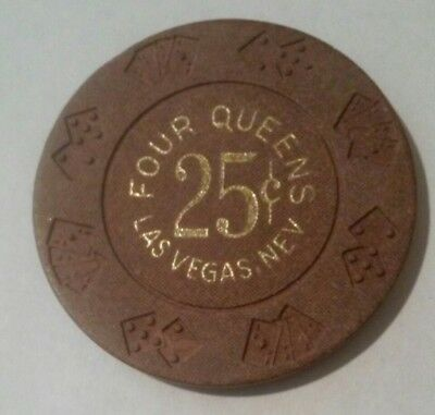 1970's FOUR QUEENS CASINO LAS VEGAS, NEVADA HARD TO FIND .25 CENT GAMING CHIP!