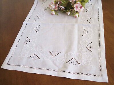 Again@ Elegant Hand Flower Embroidery Hemstitch Cotton White Table Runner
