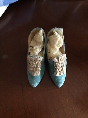 ANTIQUE FRENCH DOLLS SHOES  Seed Pearls & Silk