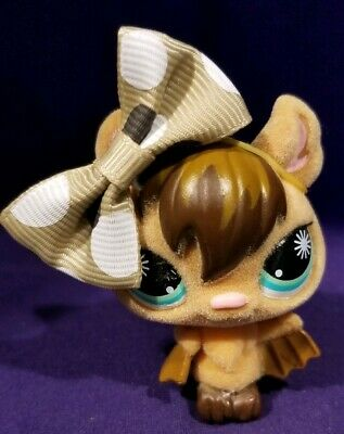Littlest Pet Shop #820 Vampire Bat Fuzzy Tan Brown Green Starburst Eyes