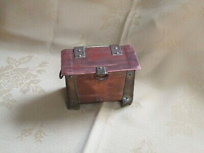 Antique Arts and Crafts small copper and brass storage casket / box