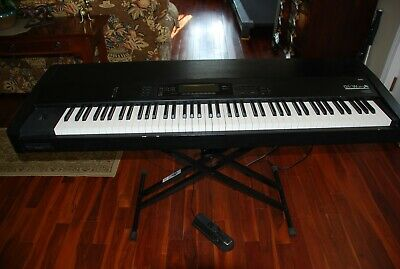 Price REDUCED! Korg 01/W proX Music Workstation w/Stand and foot pedal - Used