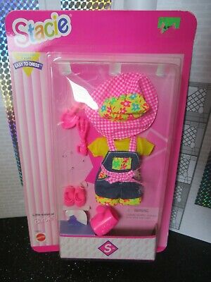 Barbie Stacie Little sister of Barbie - Easy to dress outfit Fashion