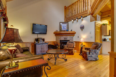 5 Nights: Log Heaven At Golf View Cabin by RedAwning ~ RA71262