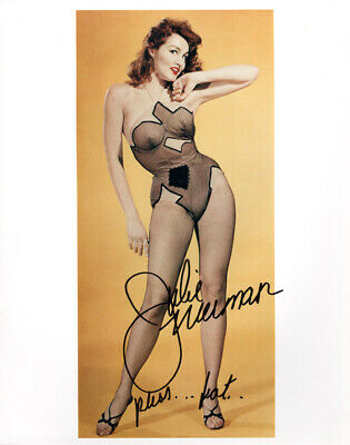 JULIE NEWMAR SIGNED AUTOGRAPHED 8x10 PHOTO CATWOMAN BATMAN & ROBIN BECKETT BAS