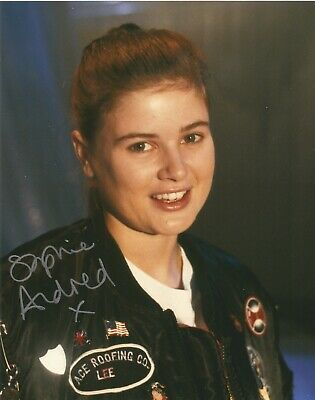 Sophie Aldred from Doctor Who fabulous hand signed photo with UACC COA