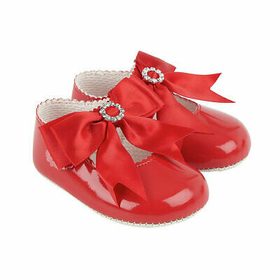 Baby Shoes Baypods Girls Diamante Pram Shoes In 5 Colours  Made In Uk Since 1952