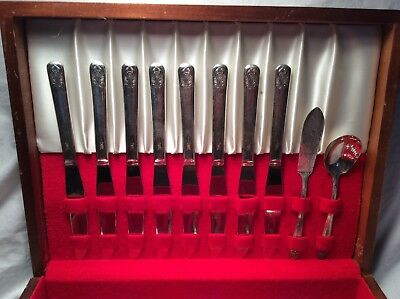 Antique Meriden Cutlery Co. Silverplated