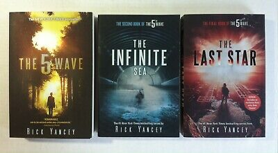 THE 5TH WAVE Series Book 3 The Last Star by Rick Yancey