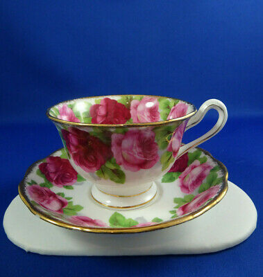 Stunning Vintage Royal Albert Old English Cabbage Roses Bone China Cup & Saucer