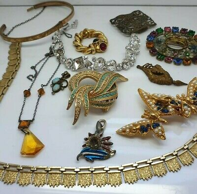 Old Deco Antique Vintage collection of Jewellery