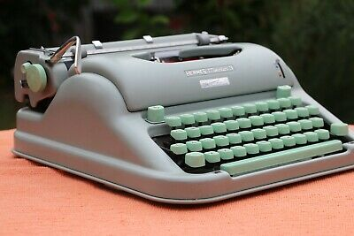 Hermes Media 3 Typewriter -  Seafoam Green - Excellent Condition - Serviced