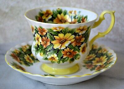 TEACUP and SAUCER SET - Royal Albert Fragrance Series MARGUERITE Flower, England