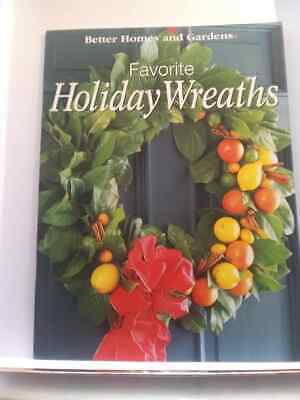 Better Homes & Gardens Favorite Holiday Wreaths Pattern Book