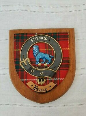"Clan ""Bruce"" Old Scottish Coat Of Arms Plaque Crest Shield On Carved Oak"