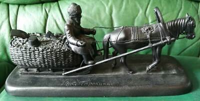 "Sculpture Torokin "" Coal carrier."". Kasli. Cast iron. 1981"