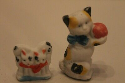 Vintage Pair Of Bisque Porcelain Or Ceramic  Cat Figurines Marked Japan