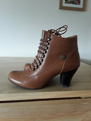 meet sports shoes great prices HUSH PUPPIES VICTORIAN Steampunk Tan Boots Like Vivianna 4.5 ...