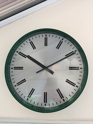 "1969 Gent Of Leicester 12"" Green Mod Wall Clock Ministry Of Defence"
