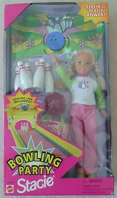 NRFB Bowling Party Stacie Barbies Sister Pins Alley Balls Shoes Bag 1998 22013