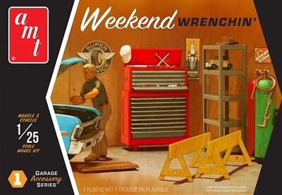 AMT Garage Accessory Set #1 Weekend Wrenchin' 1:25 scale model kit new 15 *