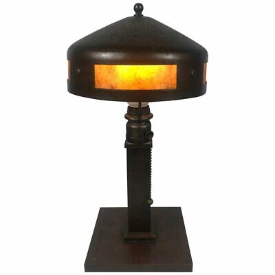 1920's Classic Arts & Crafts Roycroft Hammered Copper and Mica Table Lamp