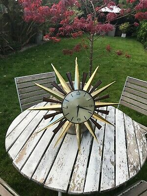 Vintage Retro Metamec Quartz Gold Star Sun Burst Wall Battery Clock 1960's