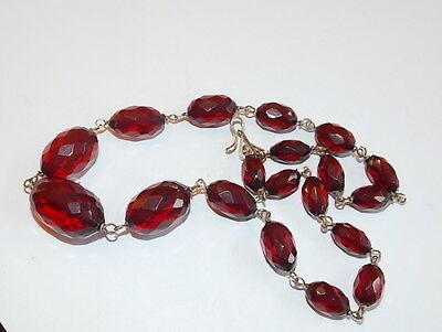 Vintage Cherry Amber Faceted Graduated Gold tone Wired Necklace Bakelite 11c 7