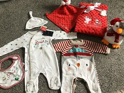 Unisex My First Christmas Bundle Up To One Month