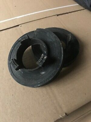 Volkswagen VW Transpoter T5 T5.1 T6 Rear Spring Upper  Rubber Mount Carrier