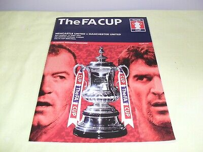 The Fa Cup Semi Final Matchday Programme,Newcastle Utd & Manchester Utd,17/04/05