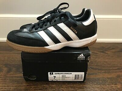 002e6a6bac7 Adidas Samba Millennium Indoor Soccer Shoes Size 7 Black White Gold 088559