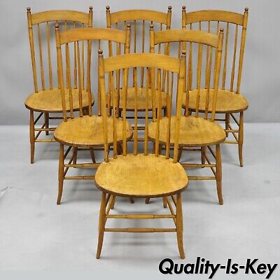 Set of 6 Antique Maple Spindle Back Beehive Finial Dining Kitchen Chairs