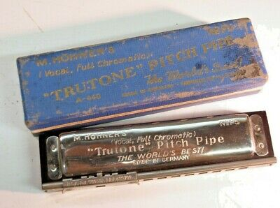 Vintage M. Hohner's Vocal Full Chromatic Trutone Pitch Pipe No. P3 Harmonica