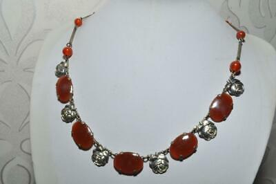 Gorgeous Vintage Art Deco Glass Necklace With Beautiful Rose Links