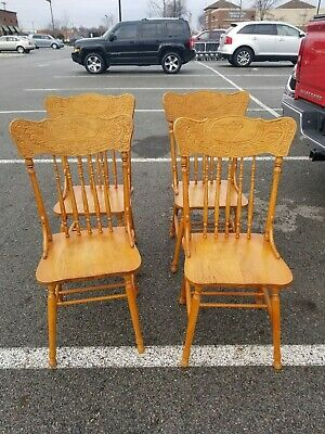 Set of 4 Press Back Spindle Dining Chairs Oak Seats pick up Ohio