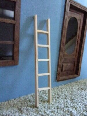 Dollhouse Town Square Miniatures 2 inch Step Ladder  T8443