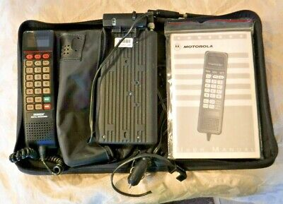 Motorola SCN-2500A AirTouch Vintage Brick Phone with Bag Manual & AC Adapter