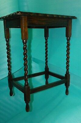 Antique Table-Barley Twist Oak Gate Leg-Delivery Possibe lDependent on Postcode