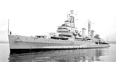 Royal Navy Cruiser Hms Belfast Around The World - 15 Photos