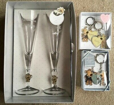 Boofle Wedding Day Bride & Groom Items (Champagne Flutes and 2 Key Rings)