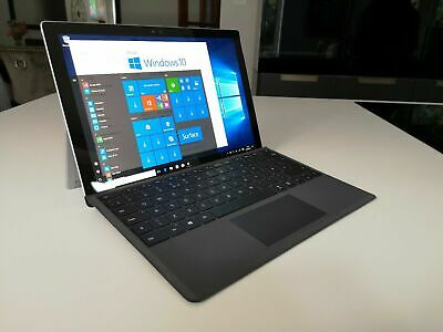 Microsoft Surface Pro 4,Core™ i7-6650, 256GB SSD, 8GB RAM  with keyboard